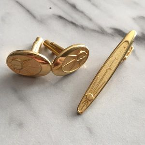 Vintage Cuff links and Tie Clip Set